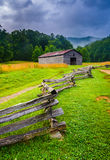 Fence and barn on a foggy morning, at Cade's Cove, Great Smoky M Stock Photos