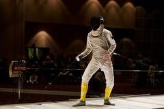 состязается фольга fencer готовая к Стоковая Фотография