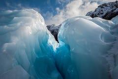 Fenda do gelo, geleira do Fox, Nova Zelândia fotografia de stock