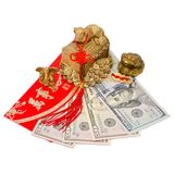 Feng Shui amuletter som tilldrar pengar och en lyckad affär arkivbild