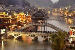 Fenghuang在晚上 库存图片