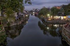 Fengjing stad på natten Royaltyfria Foton