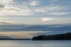 Fenomeno ottico di alone nel Nord della Russia Fotografia Stock