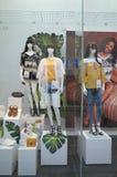 Fenster-Anzeige des New Look-Speichers in Bracknell, England Stockfoto