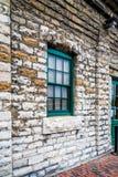Fenster auf Wand Lizenzfreies Stockbild