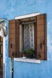 Fenster in Burano Stockfotografie