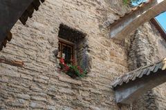 Fenster des alten Hauses lizenzfreies stockfoto
