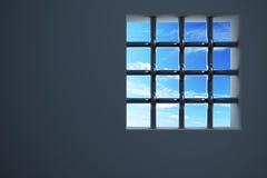 Fenster des Gefängnisses Stockfotos