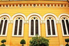 Fenster des Heiligen Joseph Catholic Church, Ayutthaya, Thailand Stockfotografie
