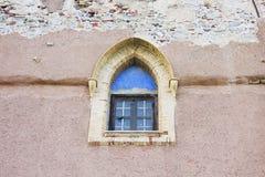 Fenster des Schlosses in l'Arena Sans Nicola stockbild