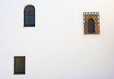 Fenster drei Stockbild