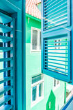 Fenster in ein Ansichten Altbauten Punda Curaçao Lizenzfreie Stockfotografie