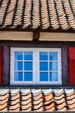 Fenster in einem Altbau Lizenzfreie Stockfotos