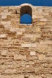 Fenster in einer Wand Lizenzfreies Stockbild