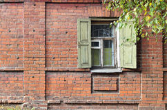 Fenster eines alten russischen Hauses Lizenzfreie Stockbilder