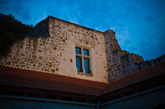 Fenster eines Schlosses Stockfotografie