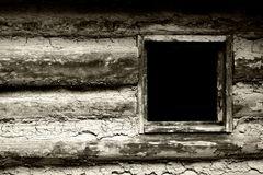 Fenster Gehöft-Haus im Grenze1800's (BW) Stockfotos