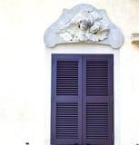 Fenster jerago Palast-Italien-Zusammenfassung Stockfotografie
