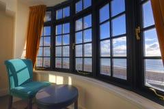 Fenster mit einer Ansicht Lizenzfreies Stockfoto