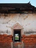 Fenster und alte Backsteinmauer Lizenzfreie Stockbilder