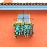 Fenster- und Blumenkasten Lizenzfreies Stockfoto