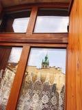Fenster zur Europa-Stadt stockbilder