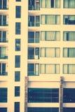 Fenstergebäude Muster Stockfotos