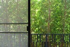 Fenstergitterinnenraum Stockbild