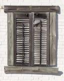 Fensterläden geschlossene Wand Stockfotos