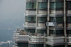 Fensterputzer auf die Turmspitze Stockfotografie
