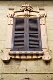 Fenstervarese-Palastitalien-azzate Zusammenfassungs-Holz blin Lizenzfreie Stockbilder