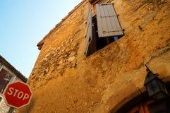 Fensterzeichen und -beleuchtung Stockfoto