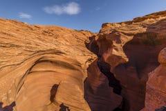 Fente dans les roches Photo stock