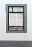 Fenêtre portugaise Photographie stock libre de droits