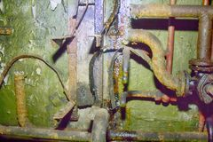 Fer rouillé de communication de tuyaux très vieux Photo stock