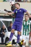 Ferencvaros对Ujpest OTP银行同盟足球比赛 免版税库存照片
