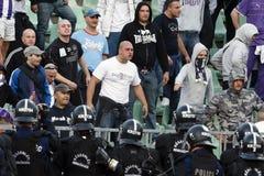 Ferencvaros contra partido de fútbol de la liga del banco de Ujpest OTP foto de archivo