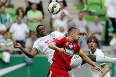 Ferencvaros gegen Bank-Ligafußballspiel DVSC OTP stockfotos