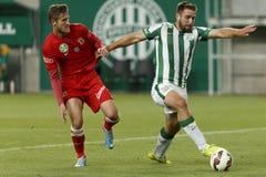 Ferencvaros versus De Ligavoetbalwedstrijd van de Dunaujvarosotp Bank Royalty-vrije Stock Fotografie