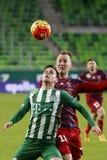 Ferencvaros, Videoton filiżanki kwartalnego finału Węgierski futbolowy dopasowanie - Zdjęcie Stock