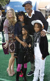 Fergie, Jada Pinkett Smith, Will Smith, Willow Smith och Jaden Smith Royaltyfri Fotografi