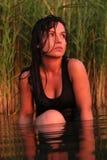 Feriado do por do sol no lago imagens de stock