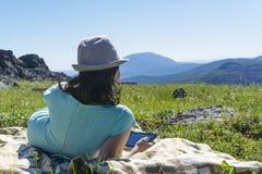 Feriados nas montanhas imagens de stock royalty free