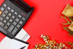 Ferie fakturerar begrepp Hur du ska betala för alla gåvor för jul Arkivfoto
