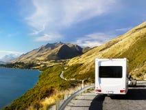 Ferie Motorhome, Nya Zeeland turnerar royaltyfria bilder