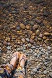Ferie på stenstrandbakgrund Fotografering för Bildbyråer