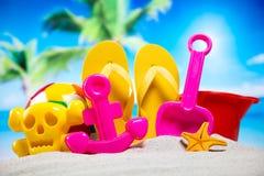 Ferie sommar, strandbakgrund, livlig färgrik atmosfär Fotografering för Bildbyråer