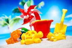Ferie sommar, strandbakgrund, livlig färgrik atmosfär Royaltyfri Bild