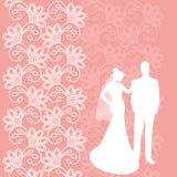 Feriekort med nygifta personerna Royaltyfri Foto