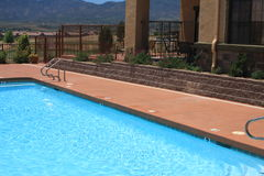 Ferienrücksortierung-Swimmingpool Stockbild